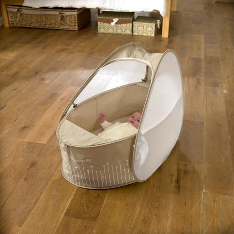 couffin de voyage samsonite caf cr me plushtoy. Black Bedroom Furniture Sets. Home Design Ideas