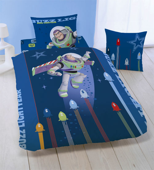 housse de couette disney toy story 140 x 200 cm plushtoy. Black Bedroom Furniture Sets. Home Design Ideas