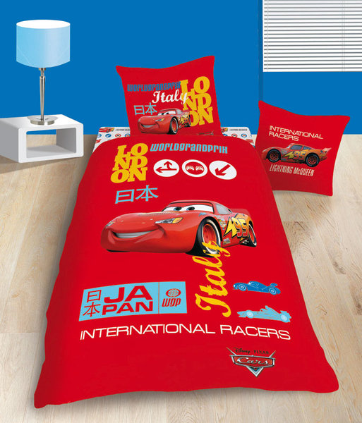 parure housse de couette disney cars grand prix plushtoy. Black Bedroom Furniture Sets. Home Design Ideas